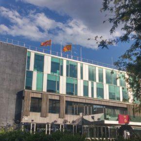 Ciutadans (Cs) Sant Cugat pide explicaciones a la alcaldesa por la retirada de la bandera española y europea de la fachada del Ayuntamiento
