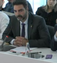 """Aldo Ciprian denuncia las consecuencias del """"procés"""" en el día a día de los catalanes"""