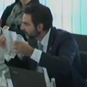 Aldo Ciprian denuncia casos donde se utilizan las escuelas públicas catalanas para fines partidistas